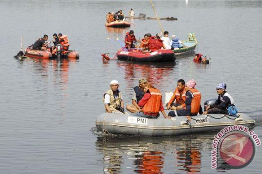 Ayah dan anak tenggelam di situ Cikaret belum ditemukan