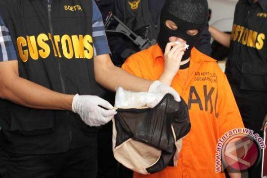 Edarkan narkoba, dua warga Malaysia terancam hukuman mati