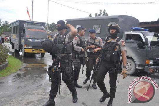 TNI dan Brimob belum evakuasi 1.300 warga dari penguasaan KKB Papua