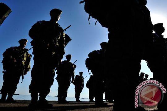 Empat personel TNI AD dipukuli dan ditembak oknum polisi