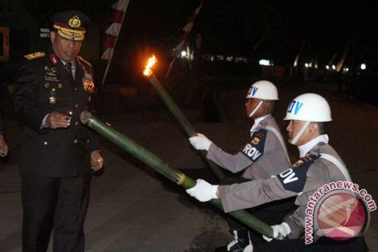 Kapolda Maluku pimpin pawai obor HUT RI