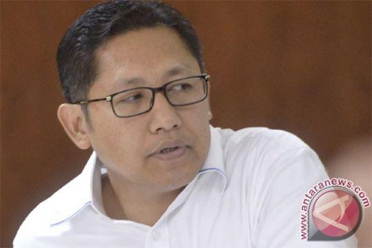 Anas Urbaningrum sakit, Hasyim Muzadi menjenguk