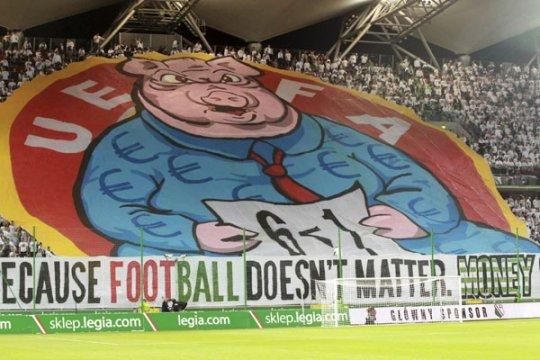 Polandia sudah bolehkan fans nonton langsung di stadion