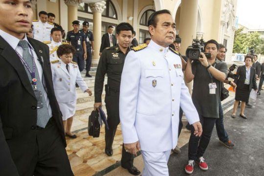 Pemilu Thailand mundur sampai 2016
