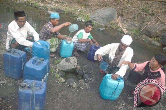 Ribuan warga Situbondo kekurangan air bersih