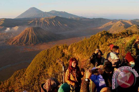 Jalur pendakian Gunung Semeru ditutup