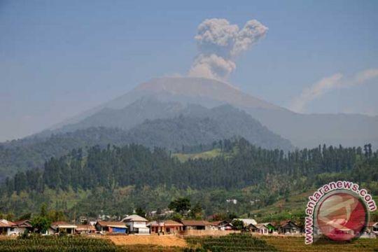 Status 'Siaga' Gunung Slamet belum berubah