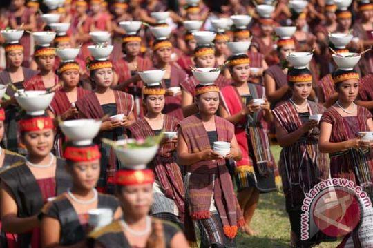 Festival Danau Toba targetkan 5.000 wisatawan