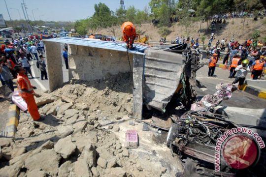 Sopir truk tersangka kecelakaan maut di Suramadu