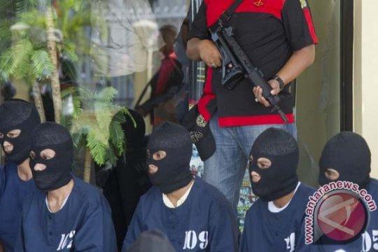Polisi ringkus lima pelaku pengeroyokan yang tewaskan korban di Medan