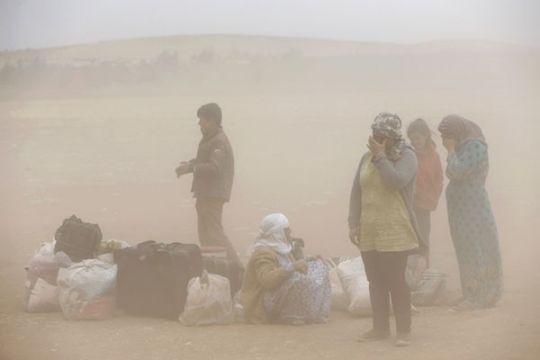 Enam orang tewas, ribuan dirawat saat badai pasir landa Timteng