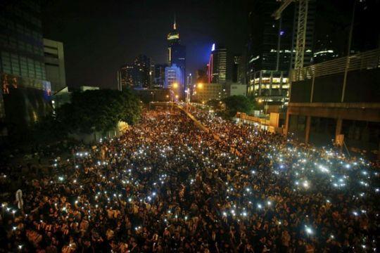 Hong Kong tiadakan pesta kembang api HUT Tiongkok
