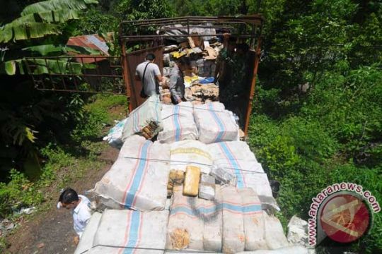 BNN tahan truk bermuatan ganja di Riau
