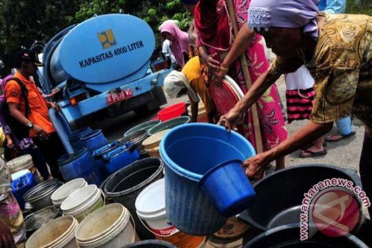 Warga Tadui Mamuju mulai krisis air bersih