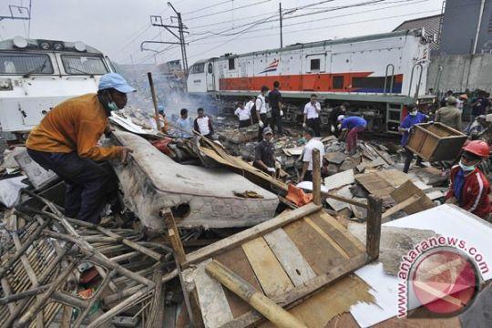 Pemkot Jakpus tertibkan 34 bangunan liar