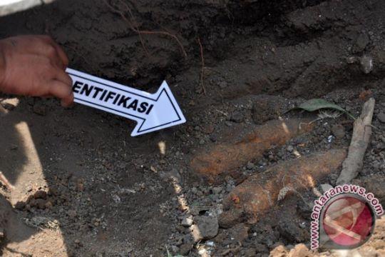 Pekerja bangunan di Madiun temukan mortir aktif