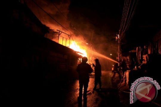 Gudang koperasi susu di Bogor ludes terbakar