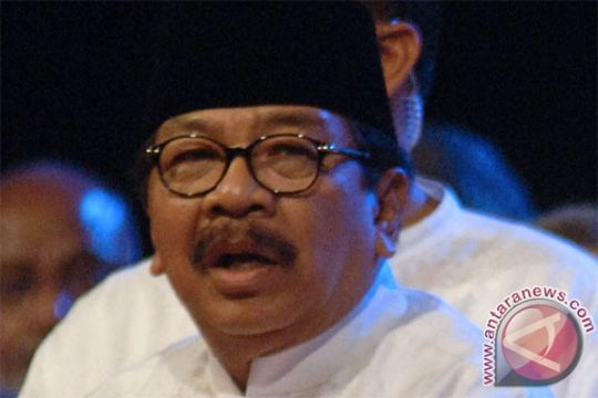 Gubernur Jatim resmi tetapkan UMK 2016