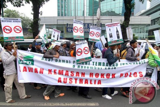 APTI protes kebijakan kemasan polos rokok Australia
