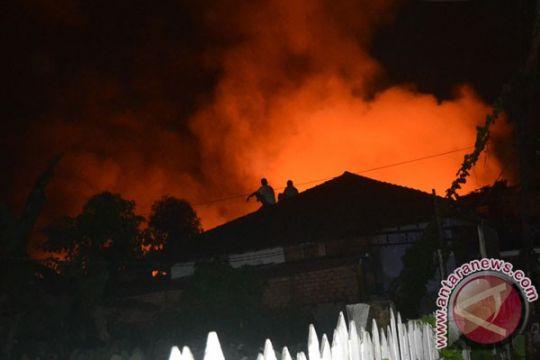 Ratusan rumah dan kios di Nunukan hangus terbakar