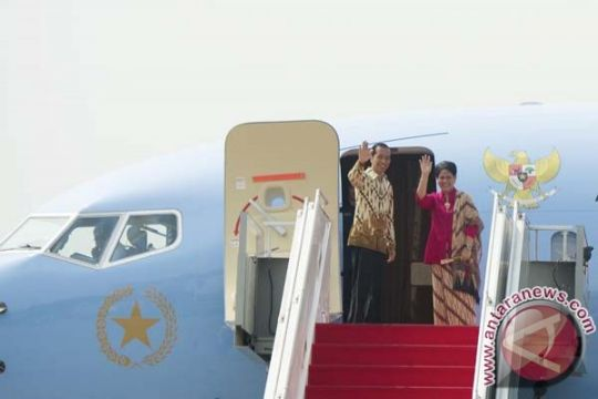Presiden Jokowi berangkat ke Manila untuk KTT ASEAN