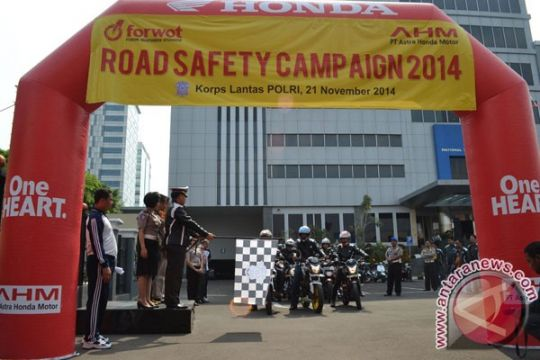 Korlantas lepas touring safety campaign FORWOT