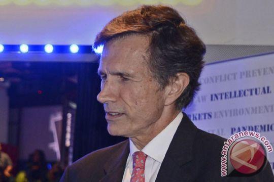 AS hibahkan dana konservasi satwa liar Sulut