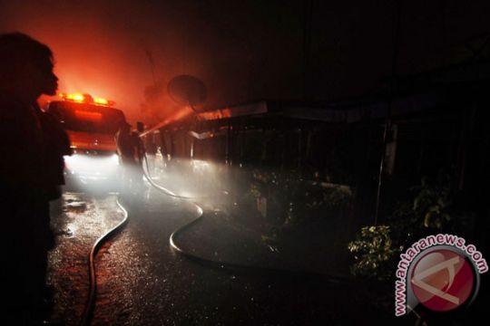 Asrama Markas Komando Brimob Polda Riau terbakar