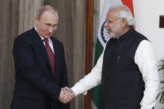 Rusia bahas niat memproduksi peralatan militer di India