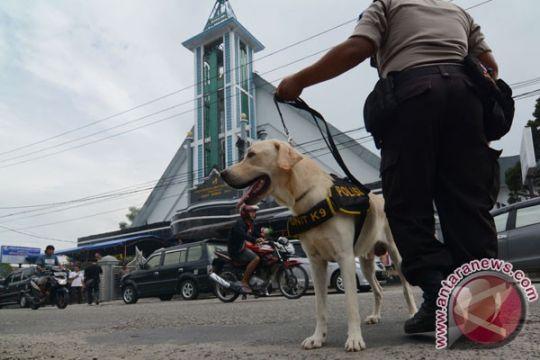 TNI-Polri jaga gereja di Banjarmasin