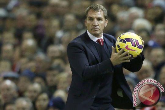 Rodgers bersikap santai perihal kembalinya Ba ke Anfield