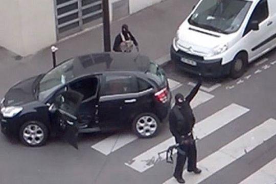 Spanyol ekstradisi pemasok senjata teroris Paris ke Prancis