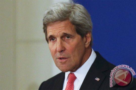 Kerry minta Abbas redakan ketegangan dengan Israel