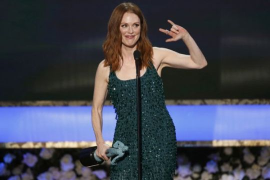 "Julianne Moore dan ""Birdman"" sabet SAG Awards"