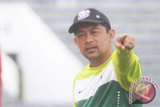 Persela dikalahkan Persipura, Aji Santoso: faktor keberuntungan saja