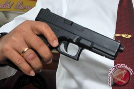 Si pencuri pistol Kanit Reskrim diringkus