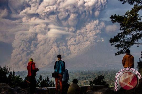 Letusan Gunung Sinabung tak ganggu pariwisata Karo