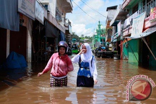 Banjir rendam ratusan rumah  di Barito Utara-Kalteng