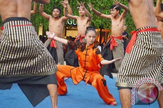 Festival Imlek diikuti dosen dan mahasiswa