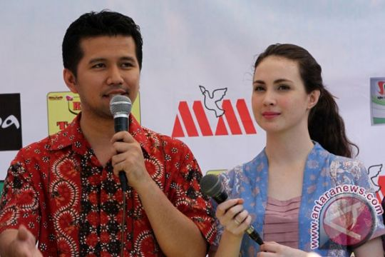 Arumi Bachsin pilih dampingi suami di Trenggalek