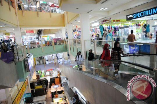 Pemkot Depok mulai batasi jam operasional minimarket dan toko modern