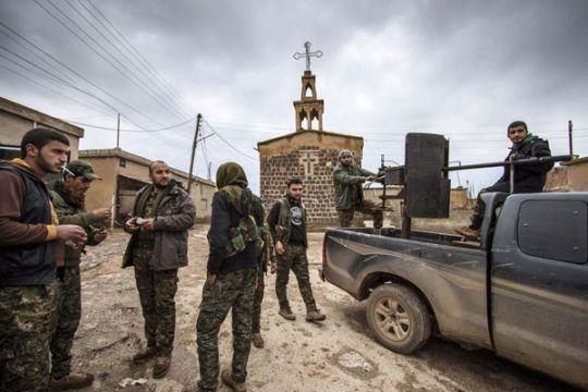 Suku Arab di Suriah bergerak setelah Trump putuskan tarik pasukan