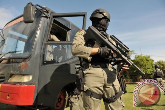 TNI bantah terlibat foto Kapolresta dengan terpidana Bali Nine