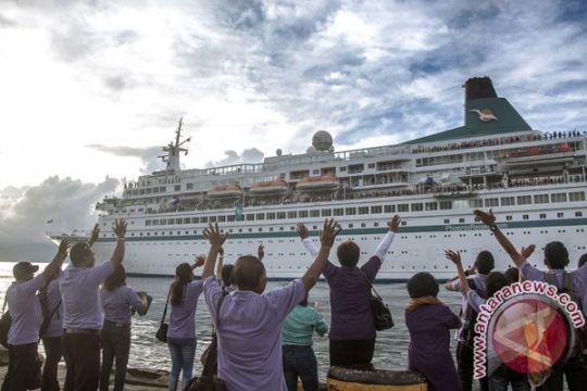Bawa 900 wisman, kapal pesiar MS Albatros sandar di Sabang