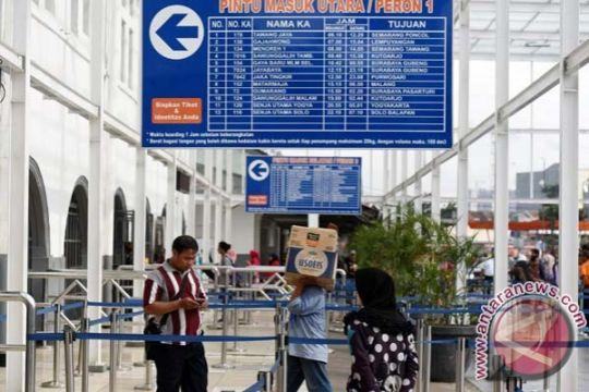 PT KAI: penumpang perhatikan perubahan jam perjalanan kereta