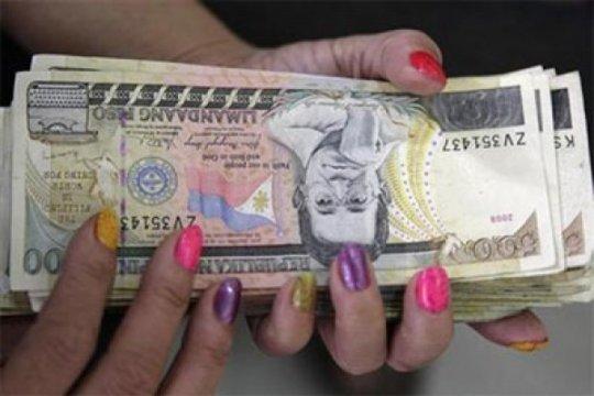 Mata uang peso Argentina terus merosot