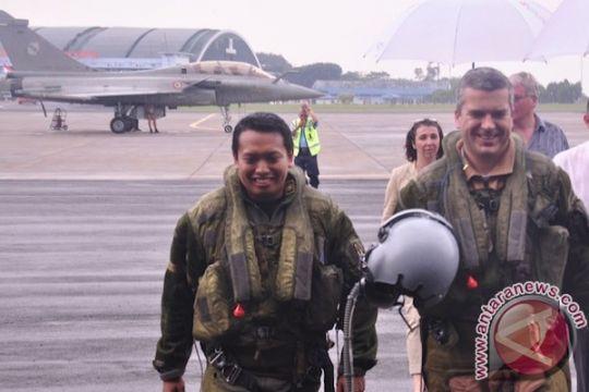 Tiga penerbang tempur TNI AU coba C01 Rafale Prancis