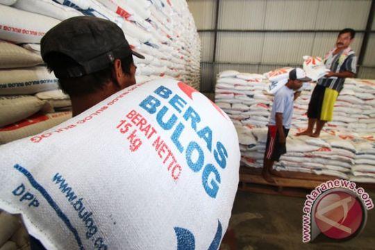 Pemerintah optimistis akhir 2015 surplus produksi beras