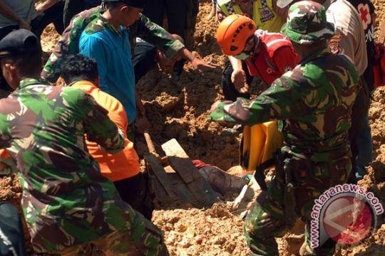 Korem 161/Wira Sakti gelar simulasi penanggulangan bencana alam
