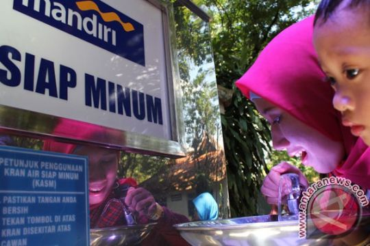 Air kawasan kumuh Bekasi terkontaminasi limbah rumah tangga